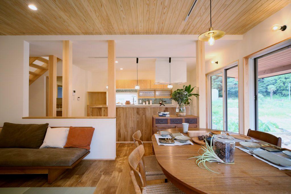 休日は友達と手料理を! 暮らしを一新したフルリノベーションの家